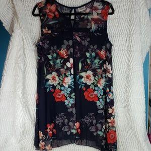 Avenue Sleeveless Navy Floral Blouse, Size 14. EUC